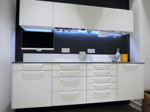ejemplo mobiliario gabinete clínico