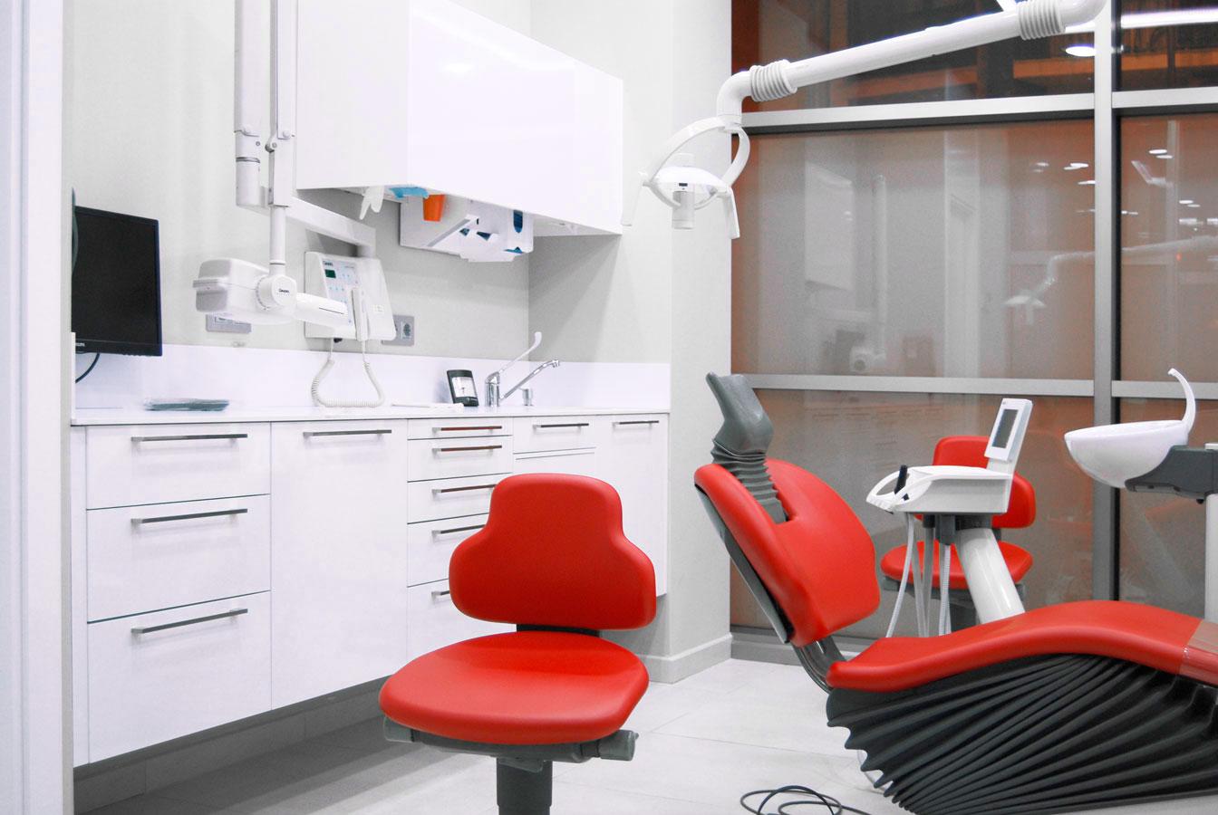 Cl nica dental en mallorca mediss mobiliario cl nico - Muebles baratos palma de mallorca ...