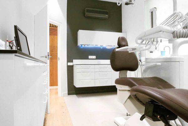 mobiliario clinico susendido 04