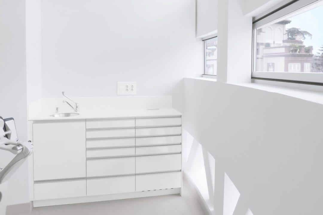 mobiliario clinico zocalo 01