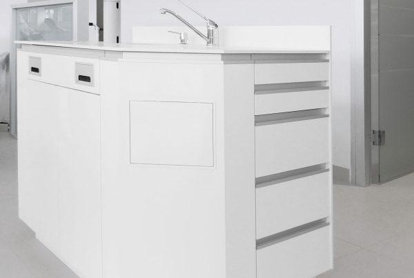 mobiliario clinico zocalo 02