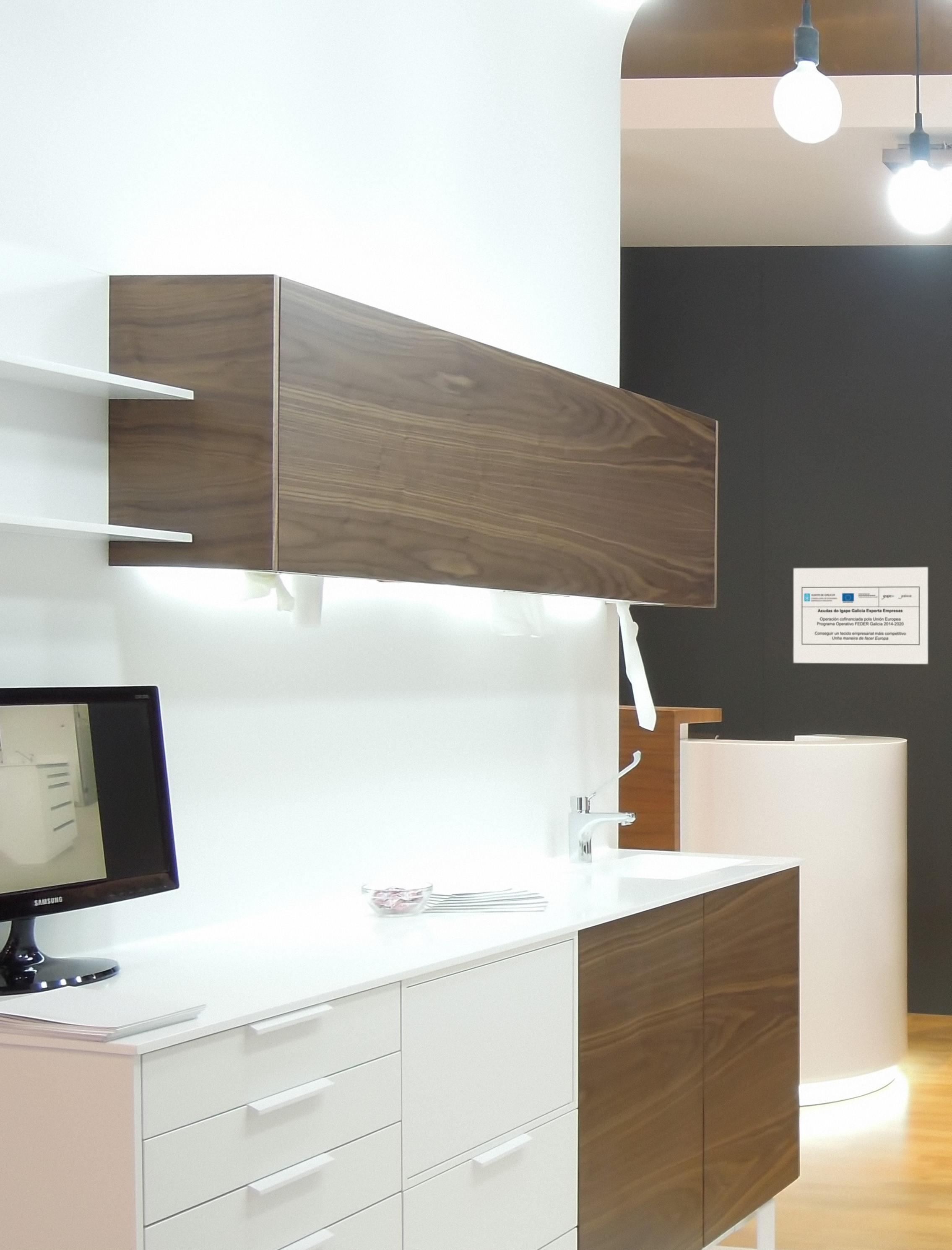 mobiliario clinico con encimera en krion k-life