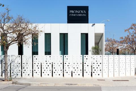mobiliario clinico en españa pronova 01